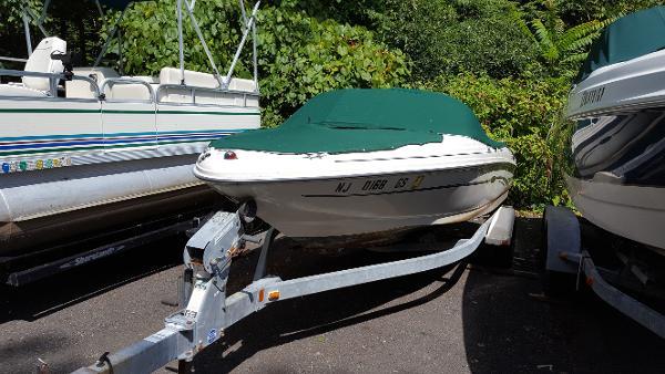 2003 Sea Ray 176 BR