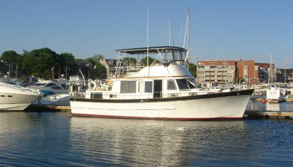 Marine Trader 44 DC