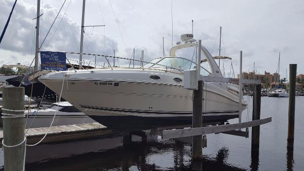 Sea Ray 260 Sundancer View on Lift without Bimini