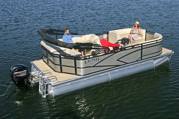 Lund LX200 Pontoon Cruise
