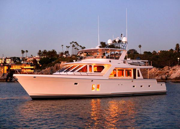 Offshore 65/72 Pilothouse Profile