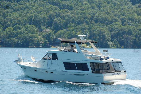 Meridian 490 Pilothouse