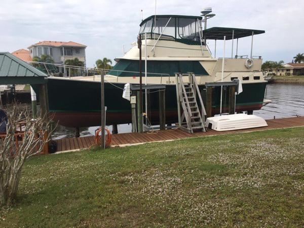 Mainship 40 Double Cabin Motor Yacht