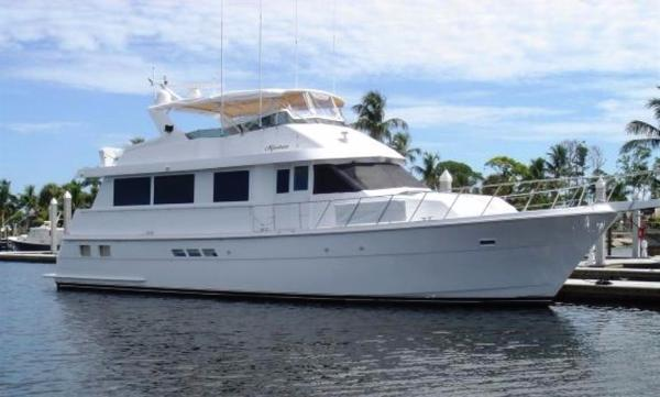 Hatteras 65 Sport Deck Motor Yacht Exterior