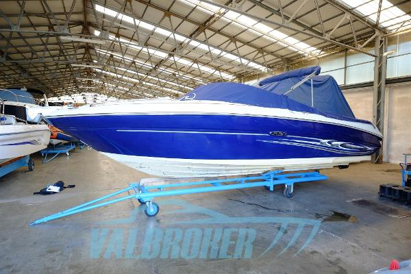 Sea Ray 220 Sea Ray 220 Valbroker (7)