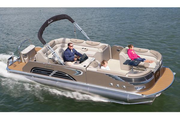 Avalon Ambassador Rear J Lounge - 25'