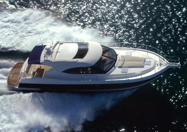 Riviera 4700 Sport Yacht Manufacturer provided image