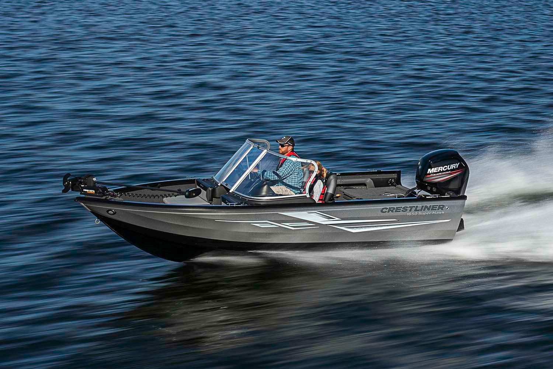 Crestliner Boat image