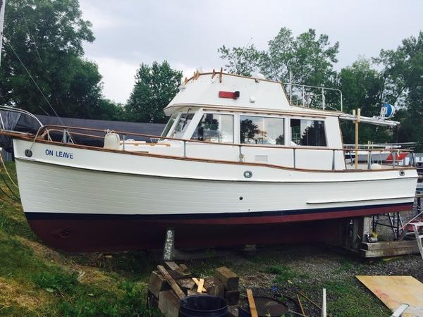 Grand Banks Sedan Trawler