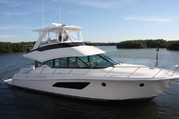 Tiara 5000 Flybridge Main Profile