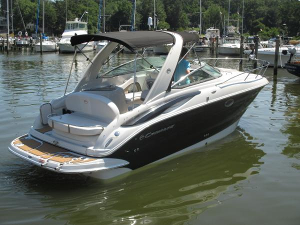 Crownline 280 CR Starboard Quarter