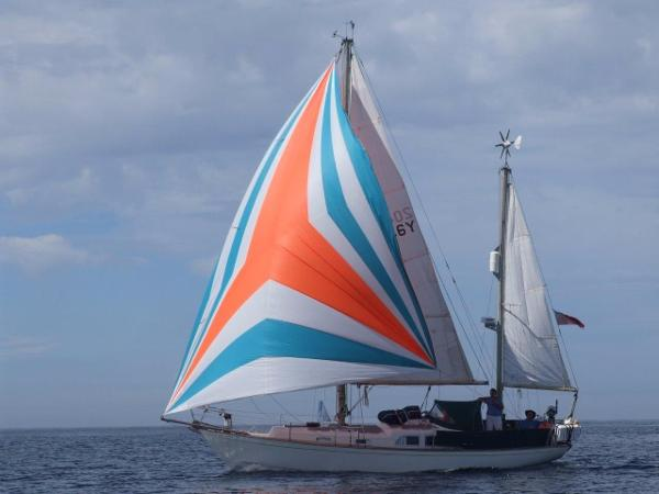 Holman & Pye Super Sovereign 35 Ketch