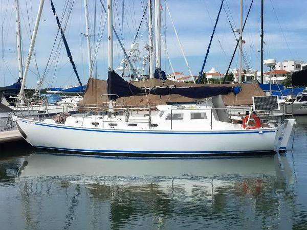 Sailboat Pilothouse Cutter