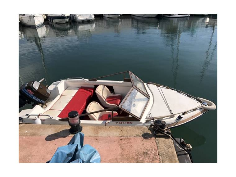 Glastron Boats Glastron Laraya SSV 148