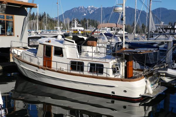 Eagle 40 Pilothouse Trawler Portside View