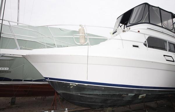 Mainship Aft Cabin Motor Yacht Profile