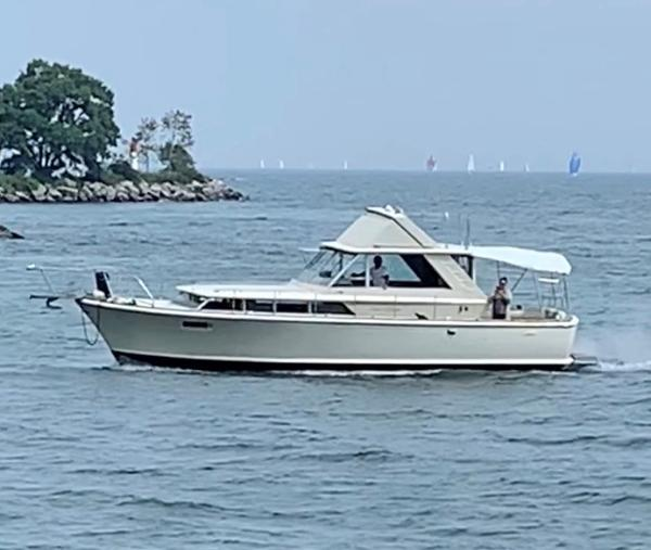 Chris-Craft COMMANDER 38