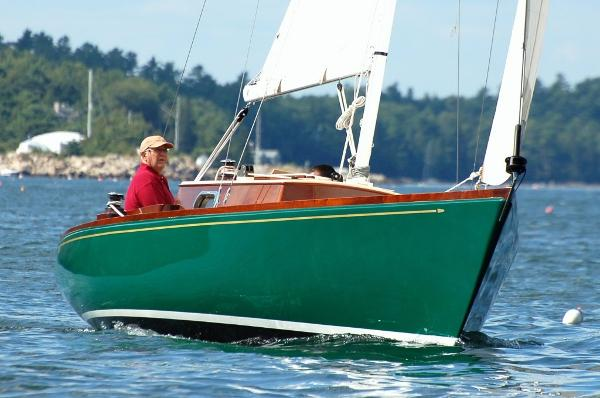 Hank Hinckley Boat Builders Great Harbor 26 Sailing