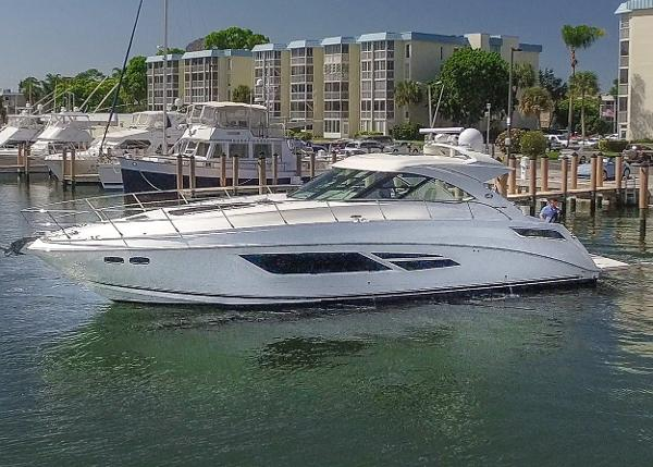 Sea Ray 540 Sundancer Port profile