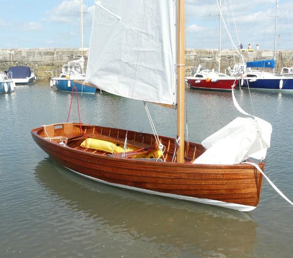 Classic Bantham Class dinghy Bantham Sailing Dinghy