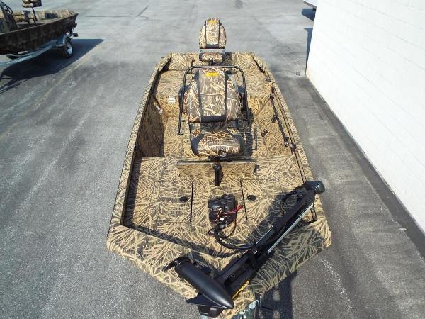 Lowe Roughneck 1760 Pathfinder