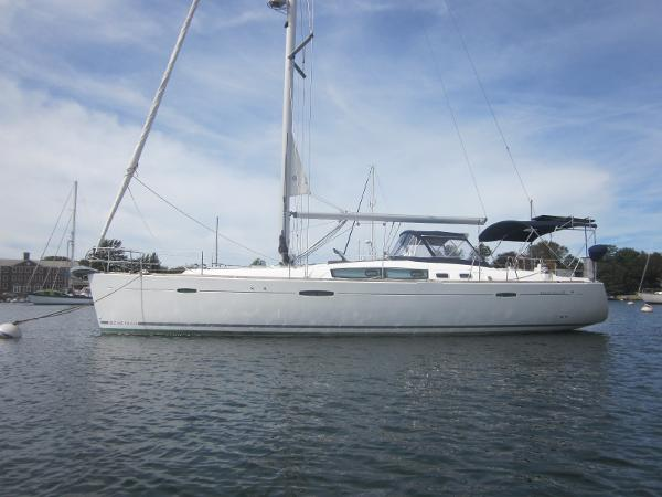 Beneteau 46 Three Stateroom Beneteau 46 Usquebaugh Hull Profile