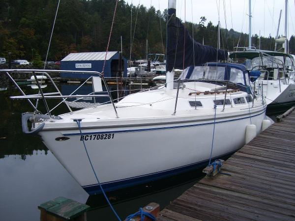 Catalina 30 Bow