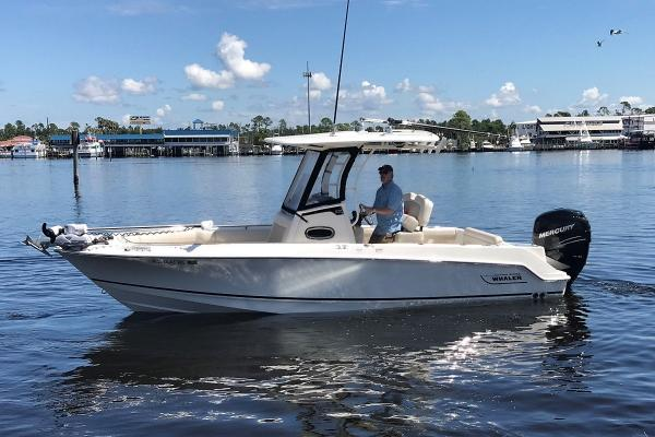Boston Whaler 230 Outrage BW 230 OR