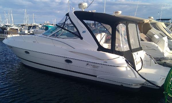 Cruisers Yachts 340 Express Exterior 1