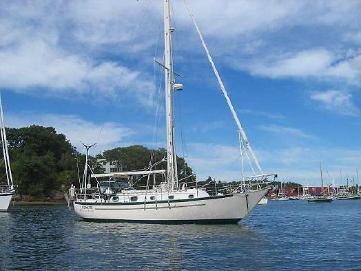 Pacific Seacraft Crealock Cutter