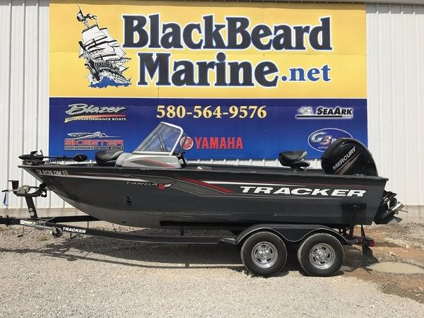 TRACKER BOAT Targa™ V-18 WT With Trailer