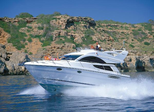 Fairline Phantom 40 BROCHURE SHOT