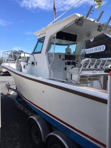 True World Marine 28 hard top