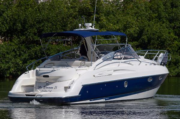 Cranchi Endurance 33 Starboard Stern