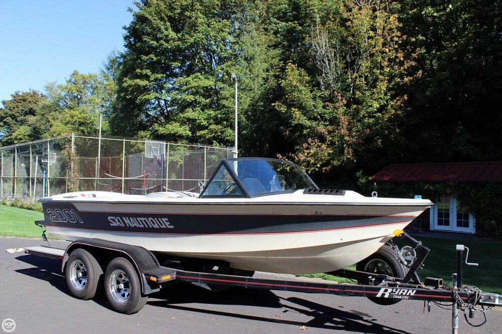 Correct Craft 18 SKI NAUTIQUE 1985 Correct Craft 18 Ski Nautique for sale in Corbett, OR