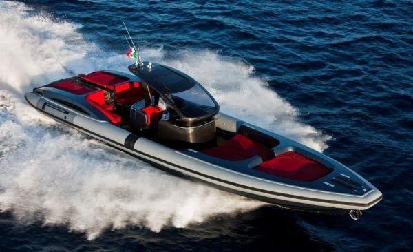 Pirelli PZero 1400 Carbon Edition Photo 1