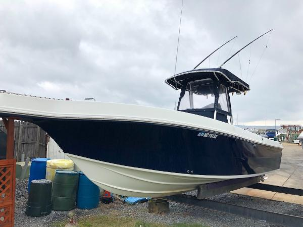 Caravelle Boats 280 Center Console