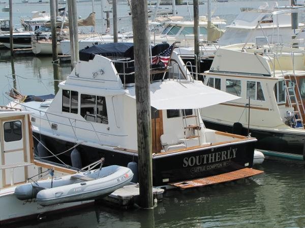 Cape Dory 36 Flybridge