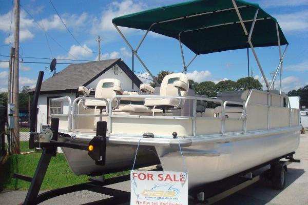 Pontoon voyager boats for sale for Fish express kalamazoo