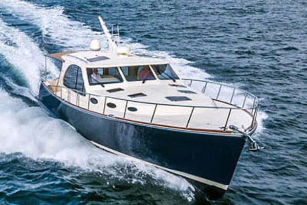 Palm Beach Motor Yachts PB52