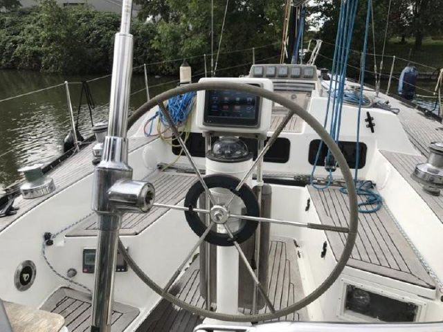 Baltic 40 cockpit