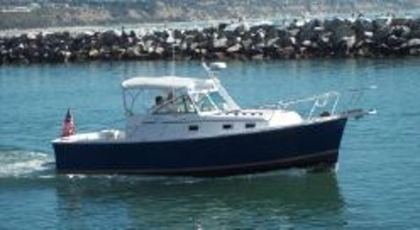 Mainship Pilot 30 Sedan