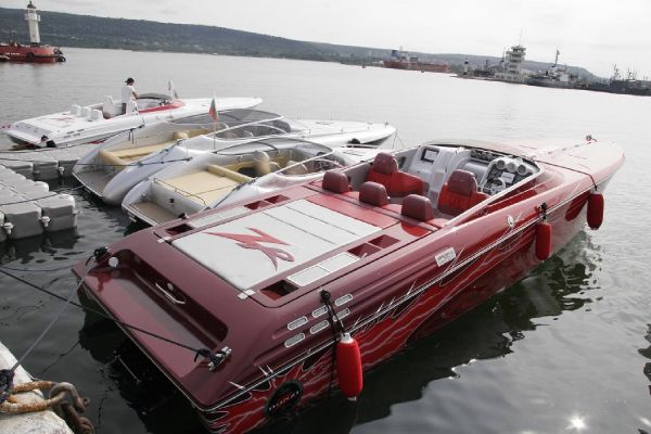 Donzi 38 ZR This is the actual boat. Contact us for more pictures.