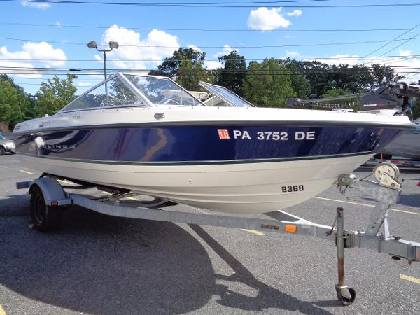 Bayliner Discovery 195 FnS