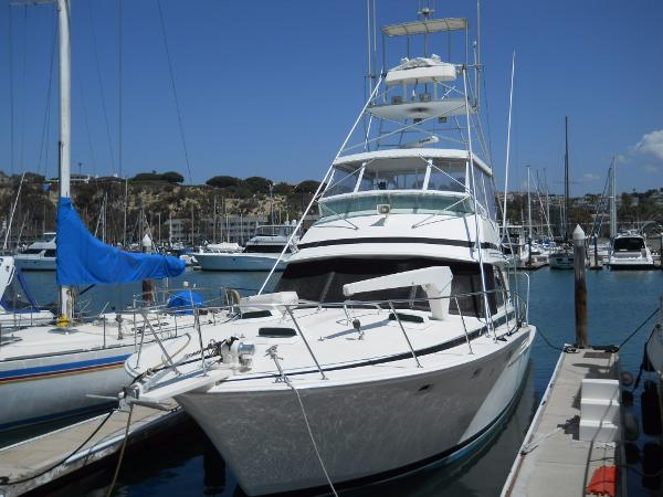 Bertram 46 Sport Fisherman Port Bow
