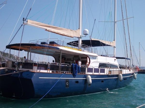 27 m - 2013 Steel Yacht