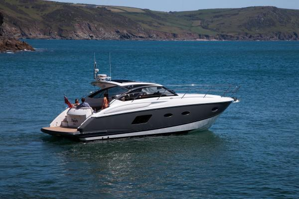 Princess V39 Manufacturer Provided Image: Princess V39 Stern