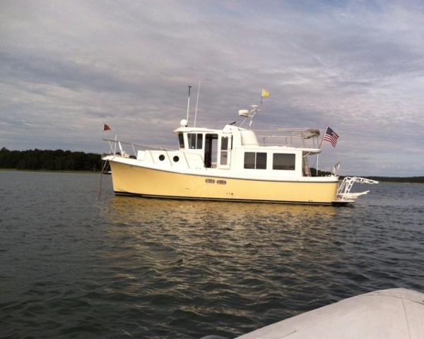 "American Tug Pilothouse Trawler 34 American Tug ""Snark"""