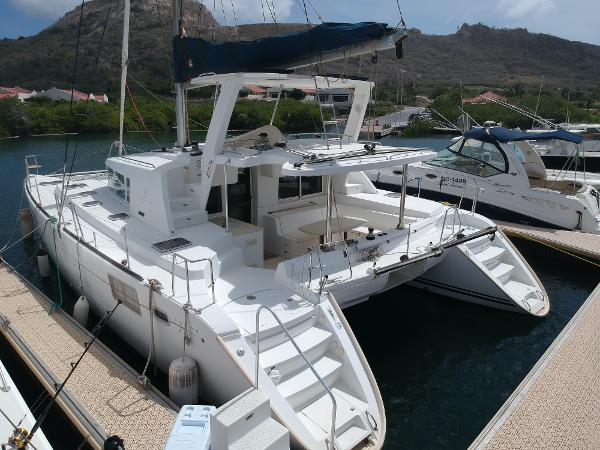 Lagoon 440 OWNERS