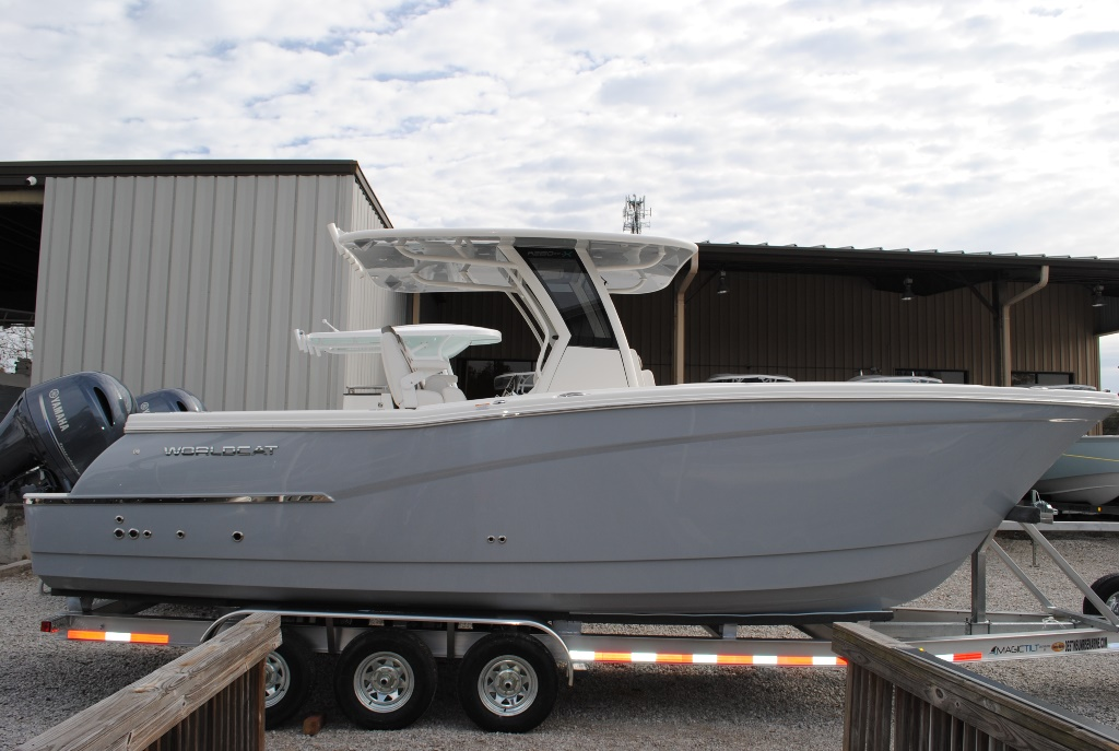 World Cat 280CC-X Center Console